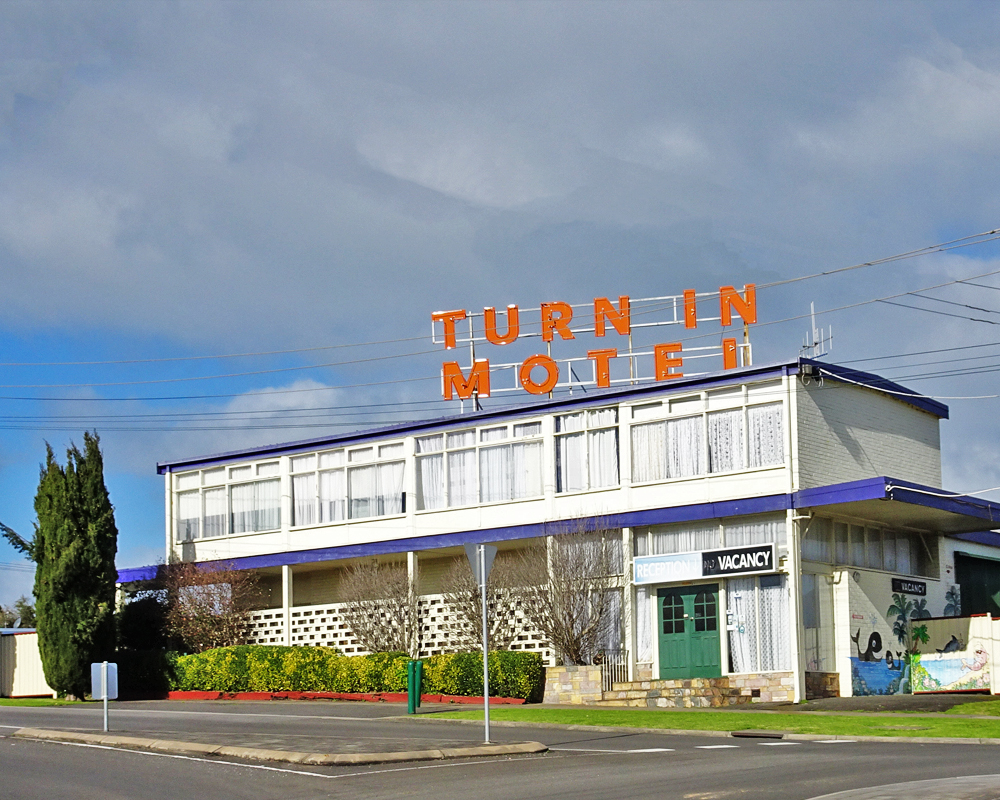 Turn in Motel Hostel